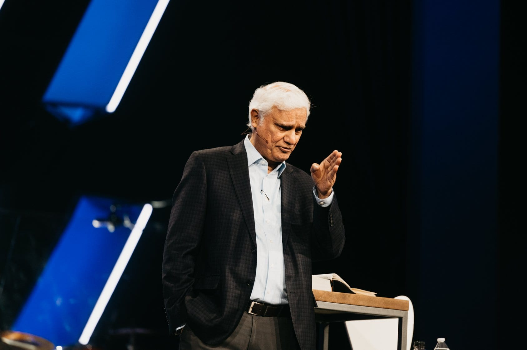 Ravi Zacharias Begins Chemotherapy for Rare Form of Bone Cancer